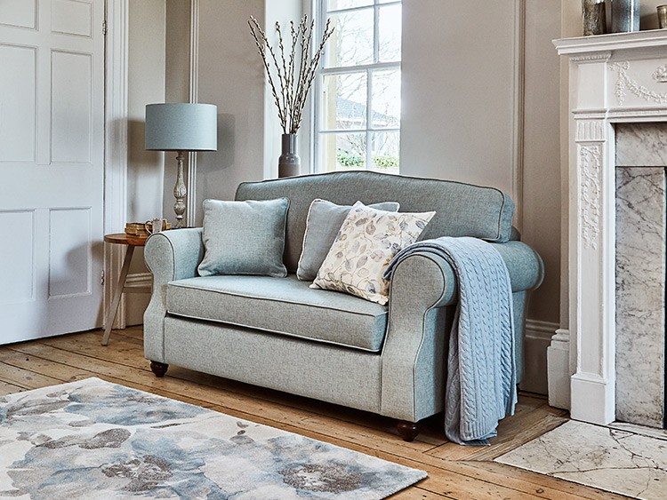 This is how I look in Stain Resistant Linen Cotton Nordic Bluewith reflex foam seat cushions